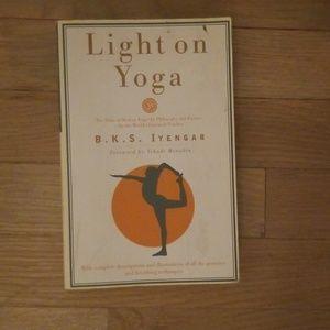 Vintage Other - 🧘♂️2/$30🧘 Yoga Book Bundle